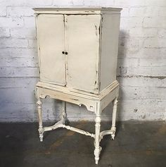 """Amazing vintage shabby chic bar $320. Dimensions: W36 x H53 x D17"""" Local San Diego Affordable Furniture. Email SDsundaymarqt@gmail.com To Purchase. Curbside delivery is $20 anywhere in the local SD area. . . #sandiego #furniture #furnituredesign #sandiegofurniture #sandiegoliving #northpark #southpark #ilovesd #lajolla #delmar #dtsd #homedecor #interiordesign #decor #upcycle #refurbish #vintagefurniture #antique #boho #airbnb #beachlife #carmelvalley #sundaymarqtSD #lajollalocals…"""