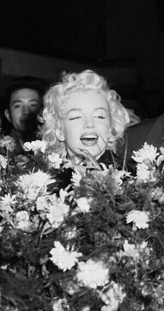 Marilyn on her arrival in Tokyo, Japan, February 1954.