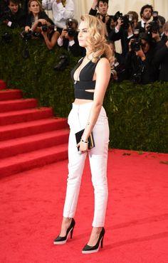 Looks en blanco y negro para usar durante la noche - http://vestidosglam.com/looks-en-blanco-y-negro-para-usar-durante-la-noche/