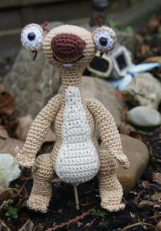 Sid, Ice Age Sloth By Carins Creaties - Purchased Crochet Pattern - (ravelry)  A utiliser en porte-clés