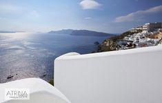Luxury Oia hotel in Santorini photo gallery Santorini Hotels, Photo Galleries, Sun, Mountains, Luxury, Gallery, Amazing, Water, Bergen