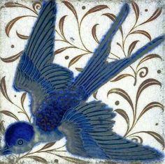 Swallow tile by William de Morgan. William de Morgan was a lifelong friend of William Morris, he designed tiles, stained glass and furniture for Morris & Co. from 1863 to 1872 William Morris, Arts And Crafts Movement, Art Chinois, Stoff Design, Art Nouveau Tiles, Art Japonais, Decorative Tile, Tile Art, Oeuvre D'art