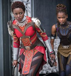 How the beauty looks of *black panther* express african pride and afrofuturism Black Panther Marvel, Black Panther King, Black Panthers, Black Girls, Black Women, Panther Pictures, Dapper Day, African Diaspora, Super Hero Costumes