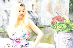 ma source d inspiration👌 marie😄 Enjoy Phenix, Youtube I, Beautiful Celebrities, Marie, Photos, Celebs, Inspiration, Women, Fashion