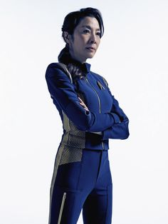 Michelle Yeoh as Captain Philippa Georgiou - Star Trek: Discovery Star Trek Rpg, Star Wars, Star Trek Ships, Star Trek Enterprise, Star Trek Characters, Female Characters, Uss Discovery, Discovery 2017, Deep Space Nine