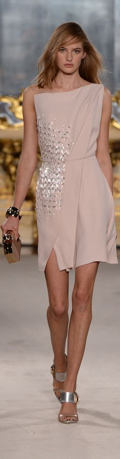 Genny | Milano.| little pink cocktail dress | | lady i pink | walking down he fashion runway | #thejewelryhut