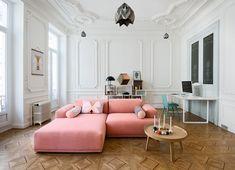Un colorato appartamento parigino