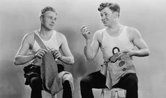 Two men sitting down and knitting while looking at each other and wearing white singlets - black and white vintage Best Hobbies For Men, Easy Hobbies, Hobbies For Adults, Popular Hobbies, Hobbies For Couples, Cheap Hobbies, Hobby Shops Near Me, Man Images, Two Men