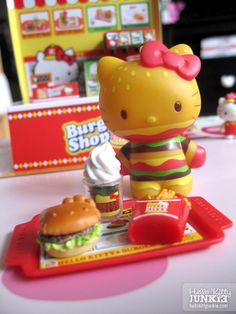 Hello Kitty Burger Shop Re-Ment seen on Hello Kitty Junkies, available at modes4u   http://www.modes4u.com/en/kawaii/p10142_Hello-Kitty-Burger-Shop-Re-Ment-miniature-blind-box.html     #hellokitty #sanrio #toy #miniature #rement