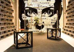 Wov (World of Vision) Shop interior    Design:  Kiss Miklós,  Görög Ferenc Gábor.