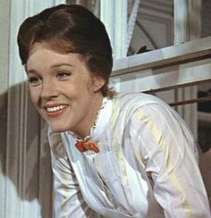 """Julie Andrews as Mary Poppins- """"Practically perfect in every way""""! Mary Poppins 1964, Julie Andrews Mary Poppins, Mary Poppins Movie, Merry Poppins, Logo Anime, Movie Facts, I Love To Laugh, Old Movies, Classic Movies"""