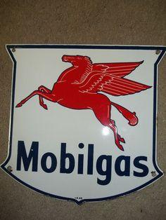 VINTAGE MOBILGAS 1956 PEGASUS MOBIL OIL GAS STATION PUMP PORCELAIN SHIELD SIGN