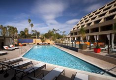 Check out these random #hotel #deals and #freebies to #travel now :)