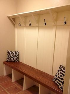 Rustic Small Mudroom Bench Ideas ✓ - Even a shallow house, just like the one pictured right here, can operate as a mudroom with inventive storage design. bench with storage Rustic Small Mudroom Bench Ideas ✓ Mudroom Laundry Room, Laundry Room Shelves, Bench Mudroom, Shoe Bench, Closet Bench, Oak Bench, Built In Bench, Rustic Entryway, Entryway Decor