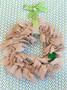 Hang Wreath With a Polka Dot Ribbon