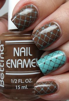 I am in love with the brown and blue nail polish color combo.