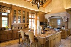Kitchen and Eating Area - Home and Garden Design Idea's