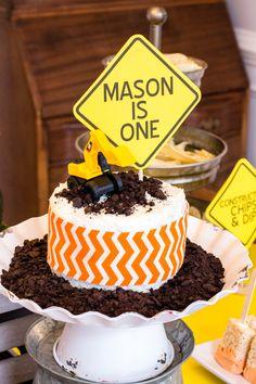 construction-smash-cake