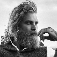 @spizoiky #beautifulbeard #beardmodel #beardmovement #baard #bart #barbu #beard #beards #barba #bearded #barbudo #barbeiro #beardo #fullbeard #barber #barbuto #barbershop #barbearia #boroda #beardlife #beardstyles #thbe44
