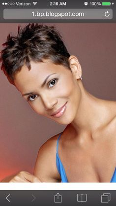 Kurzhaarschnitt 20 Best Halle Berry Short Haircuts Rosemary: The Herb of Remembrance and Friendship Cool Short Hairstyles, Short Pixie Haircuts, Hairstyles Haircuts, Halle Berry Hairstyles, Halle Berry Haircut, Halle Berry Pixie, Teenage Hairstyles, Bridal Hairstyles, Very Short Hair