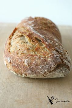 Semola and sprouted rye sourdough Bread