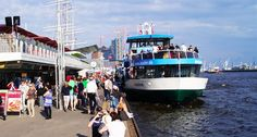 Die #Landungsbrücken im Hamburger Hafen!