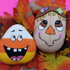 Rock Painting Patterns, Rock Painting Ideas Easy, Rock Painting Designs, Painted Rocks Craft, Hand Painted Rocks, Painted Pumpkins, Painted River Rocks, Painted Pebbles, Scarecrow Painting