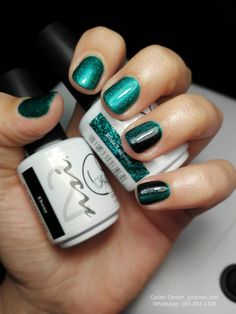 Lovely Teal and Black Gel Polish Manicure!