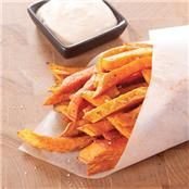 Yet another sweet potato fries recipe....this one is with chipolte dipping sauce from Clean Eating Magazine..best mag, with best recipes ever!!