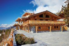 extérieur chalet luxe - Ecosia Swiss Ski, Swiss Alps, Switzerland Hotels, Spa Hotel, Luxury Collection Hotels, Jacuzzi Outdoor, Beautiful Hotels, Beautiful Places, Hotel Reviews