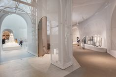 """""""Manus x Machina: Fashion in an Age of Technology""""   The Met   Design by OMA in collaboration with lighting designers Dot Dash - 2016 AL Design Awards: Commendable Achievement • Temporary Installations & Exhibits"""