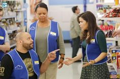 Superstore - Episode 2.02 - Back to Work - Promo Promotional Photos & Press Release