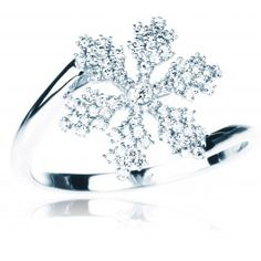 SNOWFLAKE LOVE ♥ From the BIRKS SNOWFLAKE Collection, this 18kt white gold snowflake ring has diamonds with a total carat weight of 0.26ct. Available in sizes 5, 7 and 8. For all other sizes, please allow 4 to 6 weeks. #BlueBox via @Maison Birks