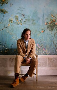 wes anderson is a film director he was directed 11 different movies. Wes Anderson Style, Wes Anderson Movies, We Anderson, Martin Scorsese, Stanley Kubrick, Alfred Hitchcock, Amy Winehouse, Fritz Lang, Hollywood