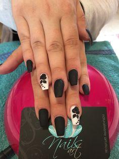 Nails art, acrylic nails, black nails