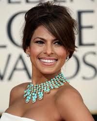 Three years later, we're still in love with the Van Cleef & Arpels necklace worn by Eva at the Golden Globes. Divine!