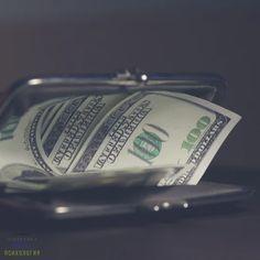 Заговор на кошелек ~ * ~ * ~ * ~ * ~ * 🌟~ * ~ * ~ * ~ * ~ * ~ Для проведения этого ритуала понадобятся деньги, полученные самым нечаянным путем: выигра... - Елена Сергиенко - Google+