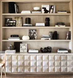 4 Creative And Inexpensive Tricks: Floating Shelves Decoration Bathroom Storage floating shelves decoration bathroom storage.Floating Shelves Tv Stand Family Rooms floating shelf bookcase how to build. Modern Bookshelf, Bookshelf Styling, Bookshelf Ideas, Rustic Bookshelf, Decorating Bookshelves, Interior Decorating, Interior Design, Decorating Ideas, Modern Interior
