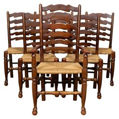 Oak Dining Room Chairs, Kitchen Chairs, English Farmhouse, Rustic Farmhouse, Ladder Back Chairs, Rustic Chair, Country French, Room Style, Country Decor