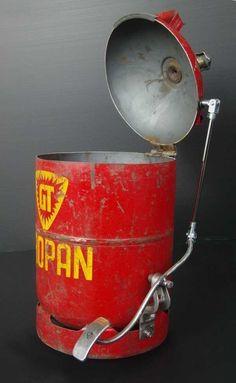 Aus einer alten Propangasflasche einen Treteimer machen - die alternative Müllverbrennung für daheim.: