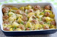 Masové kuličky v bramborách – Maminčiny recepty Potato Salad, Macaroni And Cheese, Food And Drink, Potatoes, Treats, Ethnic Recipes, Foods, Fitness, Sweet Like Candy