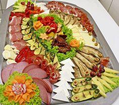Antipasta platter for outdoor picnics