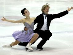 Charlie White, right, and Meryl Davis compete in the short dance program during the US International Figure Skating Classic at the Salt Lake City Sports Complex in Salt Lake City, Utah.  (Photo by Matthew Stockman/Getty Images)