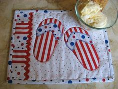 Flippety Flop Mug Rugs project on Craftsy.com