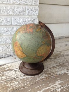 I would love a vintage looking globe. But up to date so it's still useful. Is there such a thing?