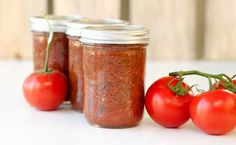 Big-Batch Tomato Sauce - Delish!