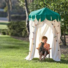 Hula hoop canopies for kids ~  What a great idea!  Great for outdoors or in a child's bedroom.  I love all the picture ideas in this blog.