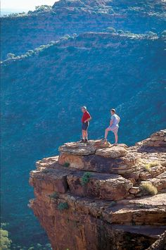 Hiking at Kings Canyon in Australia.