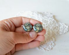Vintage style stud earrings with paisley pattern by MyPieceOfWood