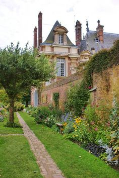 Photo: Kitchen garden near the Chateau de Miromesnil, Tourville-sur-Arques, Seine-Maritime, France Photo by Karl Gercens. Oh The Places You'll Go, Places To Travel, Places To Visit, Photo Chateau, Normandie France, Provence France, Ville France, Exterior, French Countryside
